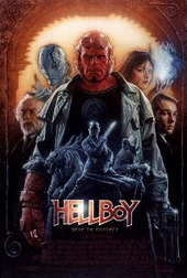 Sinopsis Hellboy (2004) 60 tahun setelah perang dunia kedua, seorang bayi laki-laki dilahirkan di neraka. Belakangan bayi yang mirip iblis yang tanduknya dipotong ini dikenal sebagai Hellboy. Tokoh yang diperankan Ron Perlman itu kemudian dibawa ke bumi oleh Grigori Rasputin (Karel Roden) untuk melakukan dan menyebarkan kejahatan.  Tapi Hellboy