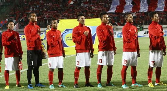Sebagai persiapan untuk menghadapi Piala Asia 2014 di Myanmar nanti, Garuda Muda akan bertolak ke Spanyol selama kurang lebih 2 minggu untuk menghadapi tim muda dari beberapa klub besar disana. Pertandingan uji coba ini khusus dipersiapkan untuk menghadapi lawan-lawan yang bertubuh tinggi, mengingat di Myanmar nanti, timnas U19 akan berhadapan dengan Australia, Uni Emirat Arab […]