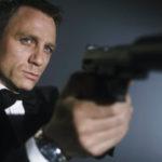 """Daniel Craig Akan Kembali Sebagai James Bond Di Tahun 2019? Dalam sebuah wawancara ketika Daniel Craig mempromosikan film James Bond terakhir, Spectre, Craig mengatakan bahwa film tersebut adalah film Bond terakhirnya. """"Aku lebih baik memecahkan gelas ini dan menyayat pergelangan tanganku (daripada bermain sebagai James Bond lagi),"""" katanya. """"Jika aku main film Bond lagi, itu […]"""