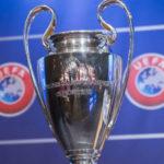 Hasil Undian Liga Champions 2017/2018 Fase Grup Grimaldi Forum, Monaco, menjadi tempat pengundian klub-klub Eropa yang masuk ke fase grup Liga Champions 2017/2018 pada Kamis malam WIB. Hasilnya, terdapat 2 grup neraka yaitu grup C yang mempertemukan Chelsea, Atletico Madrid, AS Roma dan grup H yang mempertemukan Real Madrid, Borussia Dortmund, Tottenham Hotspur. Bayern Munich […]