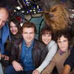 Film Baru Han Solo Akhirnya Diberi Judul Resmi Sutradara Ron Howard baru saja memberikan pengumuman mengenai film Anthologi kedua dari seri Star Wars yaitu Han Solo. Di akun Twitter nya, Howard mengumumkan selesainya masa produksi dan juga judul film tentang penyelundup terkenal yang menjadi pahlawan ini. Judul Solo: A Star Wars Story terlihat mirip dengan […]